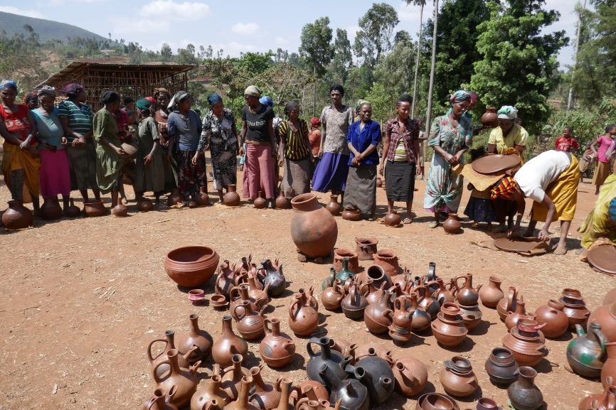 Produzione dei vasi in terracotta dei fugà